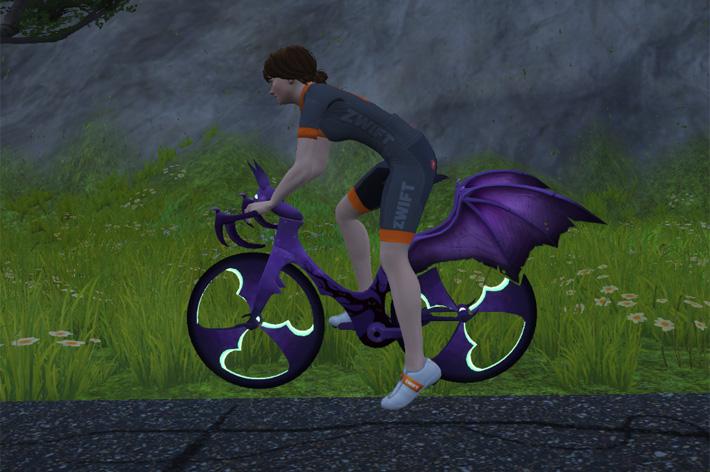 特別な自転車でZwiftのハロウィンを楽しもう